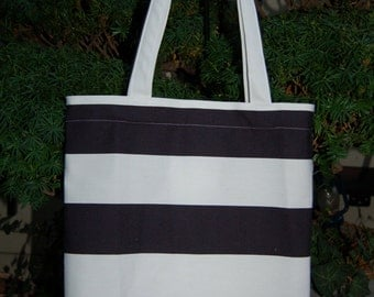 Fresh white and black shopper tote with a zippered pocket, Finnish quality material
