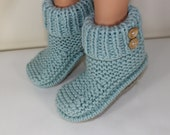 Instant Digital pdf download knitting pattern-2 Button Super Chunky Slipper Boots pdf download knitting pattern by MADMONKEYKNITS
