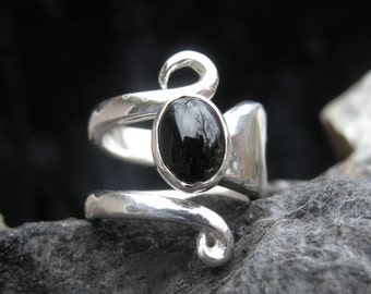 RING STERLING FORK , Handmade, Sterling Silver Flatware Fork,Elegant,Will Size 4 1/2 to 5 1/2, 9 x 7 mm Black Onyx Cabochon,High Polished .