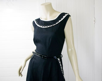 50's Cotton Dress in Black & White with Loop Trim- Medium- Pin Up / Bombshell- 1950's