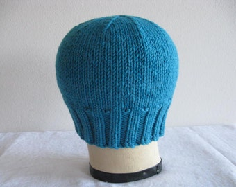 Turquoise Beanie. Chunky Beanie. Hand Knit Hat in Merino Wool. Winter Fashion Accessories.
