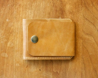 """Leather Wallet """"The Buckle Billy"""" in Rustic Gold"""