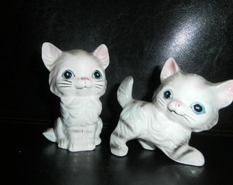 Salt & Pepper Shakers:  Kittens/Cats Ceramic Figurines  Art Line