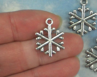 10 Snowflake Charms Antique Tibetan Silver Tone 20mm 2 Sided Slim for Holiday Cards (P1696)