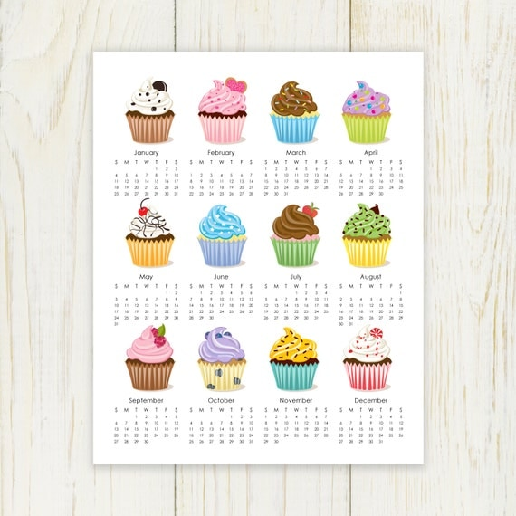 Items similar to Cupcake 2016 Calendar printable 8x10 on Etsy