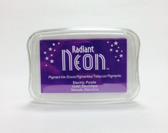 Tsukineko Radiant Neon Pigment Ink in Electric Purple
