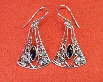 Balinese Sterling Silver black onyx dangle Earrings / 1.50 inch long / silver 925 / Balinese handmade jewelry