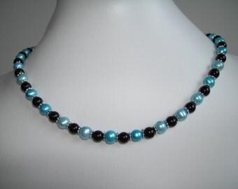 Teal freshwater and black onyx gemstone necklace