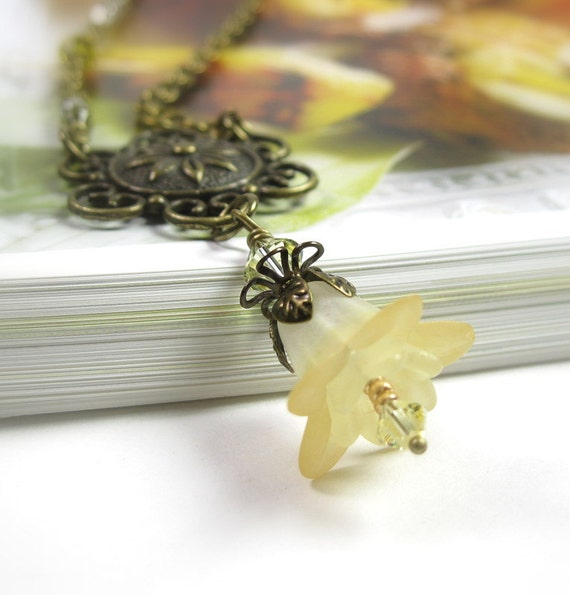 Buttercup Yellow Swarovski Crystal Antiqued Brass Lucite Vintage Style Floral Pendant Necklace, jewelrybyNaLa, Affordable Flower Jewelry,