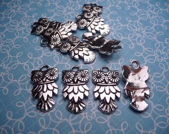Silver Metal Owl Charm 20x10mm - 10pc