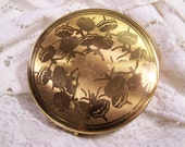 Vintage Gold Tone Signed Pilcher Compact, Ballet Dancers, Compact Mirror, Large Round Blush Flapjack Powder Make up Case, 40's 50's