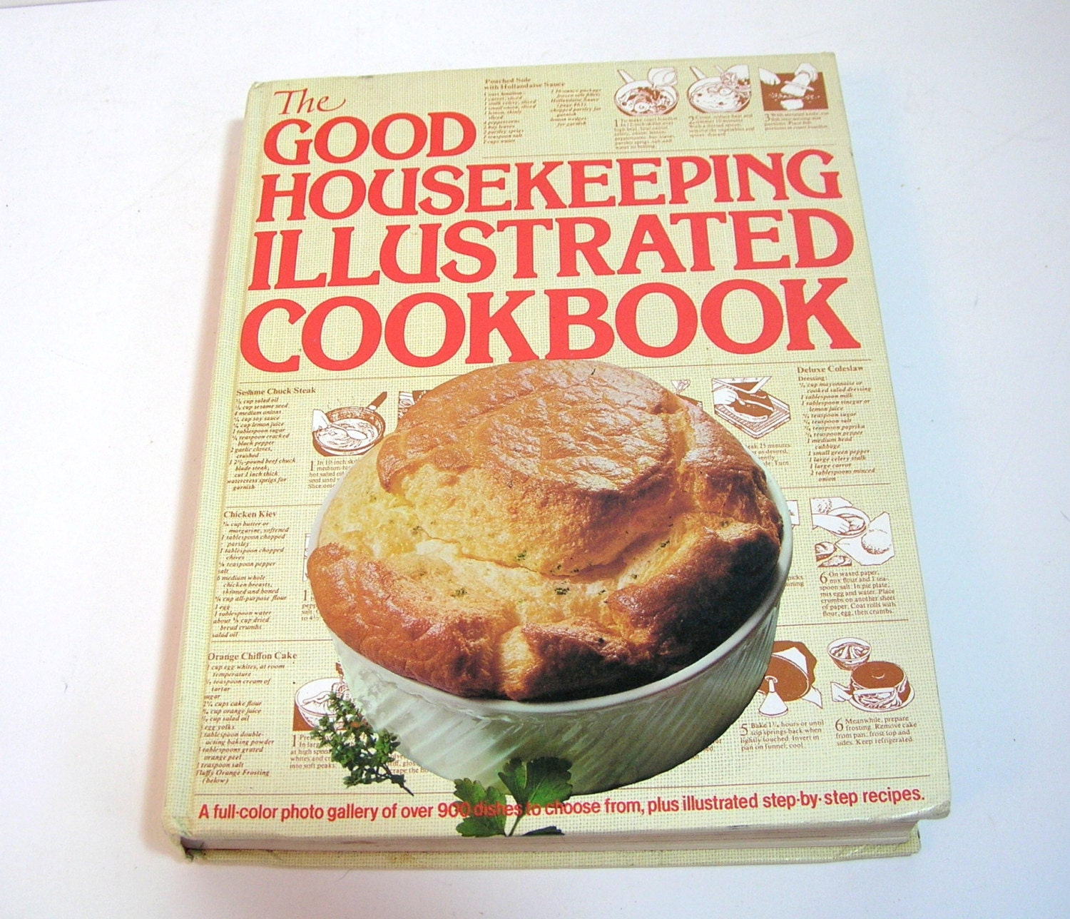 Good Housekeeping: The Good Housekeeping Illustrated Cookbook By BountifulBooks
