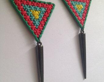 Grid Weaved Hanging Earrings w/ Spike Pendants