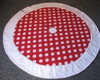 Red and White Polka Dot Fleece Tree Skirt