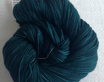 hand dyed sock weight yarn Sea Monster Shawl Length Super Skein Superwash Merino Cashmere Nylon MCN 600 yard fingering weight teal turquoise