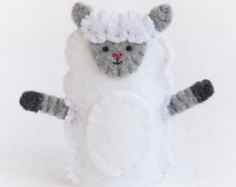 Felt puppet, felt finger puppet, finger puppet, sheep puppet, sheep finger puppet, puppet, black sheep, white sheep