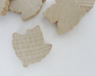 Small Wooden maple leaf cutout, set of 6