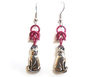 Red cat earrings, Chainmaille earrings, Silver cat jewelry