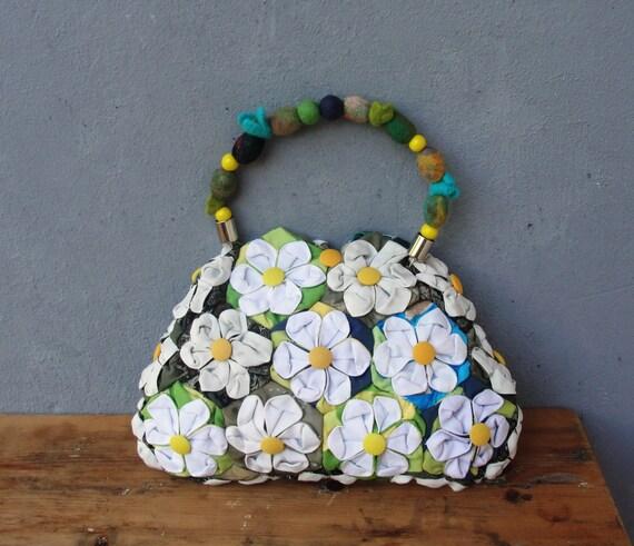 Orinuno Daisy Bag - Handfolded and Sewn Flowers