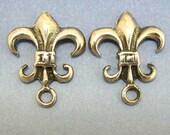 Sterling Silver Post Earring Fleur de Lys Flur De Lis 1 pair Findings Jewelry Supplies