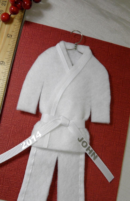 Karate christmas ornament -  Zoom