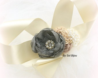 Wrist Corsage, Grey, Ivory, Tan, Champagne, Beige, Charcoal, Pearl Corsage, Mother of the Bride, Maid of Honor, Lace, Crystals, Elegant