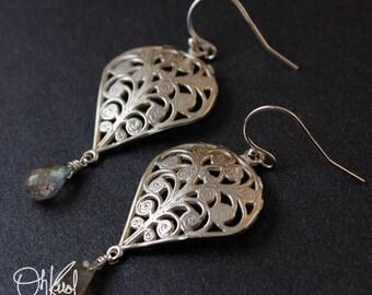 Silver Filigree Earrings - Blue Labradorite Earrings - 925 Silver