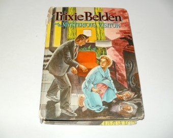 Trixie Belden and the Mysterious Visitor Hardcover book vintage 1954 - collectibles young readers