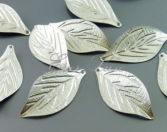 4 Matte silver realistic single leaf charms, necklace pendants, bracelet charms, nature inspired jewelry 1059-MR (matte silver, 4 pieces)