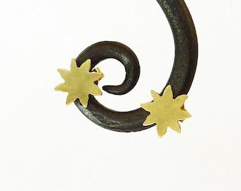 Gold Star Earrings, 18K gold earrings, Gold post earrings, Fine Jewelry, Handmade