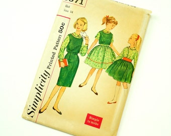 Vintage 1960s Girls Size 14 Top, Blouse and Slim or Full Skirts Simplicity Sewing Pattern 3571 Factory Folds / breast 32 waist 26