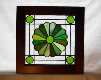 "Quilt Block ""Dresden Plate"" Stained Glass Window"