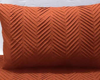 Terracota orange zig zag pleated cal king size quilt