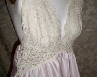 Vintage Pale PInk and Lace Nightgown