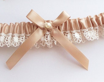 Wedding Garter in Champagne and Ivory Lace, Toss Garter