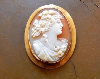 Antique Art Nouveau Cameo 14K Gold Mark Brooch Pendant Italian Beauty Circa 1890s to 1910