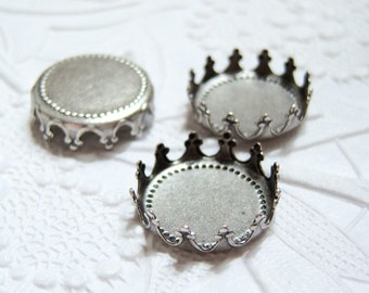 3- Antiqued silver plated brass 15mm crown edge settings - NB159