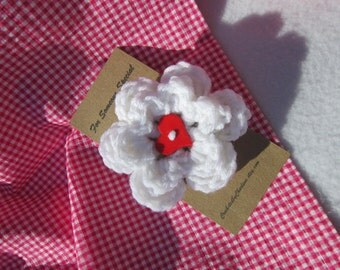 Flower Brooch, Valentine's Day Heart Brooch, Mothers Day Gift, White Flower Pin with Red Heart, Gifts Under Ten Dollars