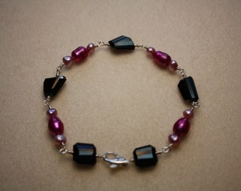 fresh water pearls and rare black spinel facet nugget precious gem stone dolphin clasp OAK