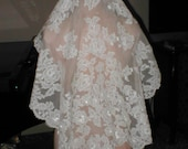 Vintage IVORY  Alencon Lace Mantilla Bridal Veil by Pricilla of Boston