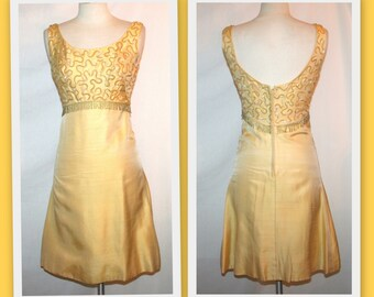 1960s Sequin Bodice Sleeveless Vintage Yellow/Gold Cocktail Dress by Jr Theme New York