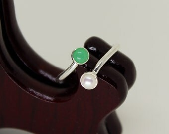 Chrysoprase & Pearl Ring // Sterling Silver // Duality // Open Ended  // Sterling Silver // Stacker Ring // Stacking Ring // Gemstone Ring