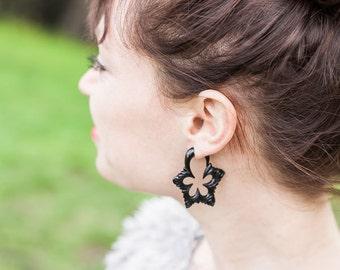 Fake Gauges, Fake Plugs, Handmade Horn Earrings, Tribal Style - Flower Pedal Hoops