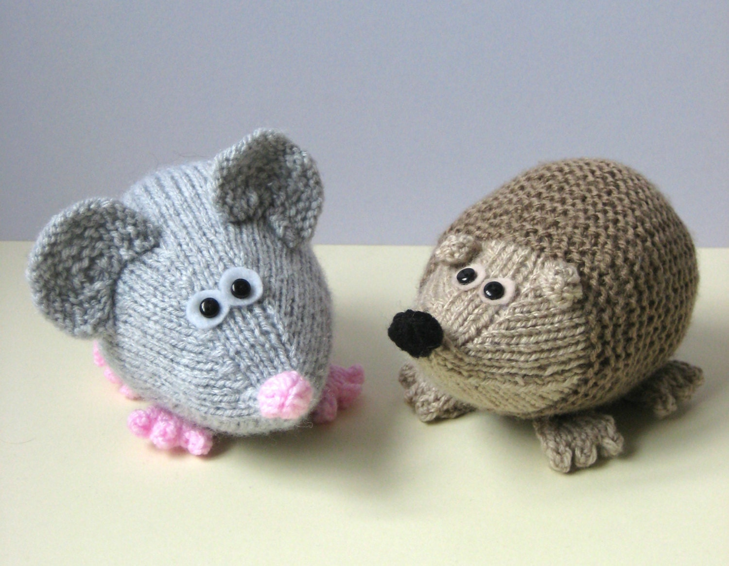 Knitting Pattern For Sonic The Hedgehog Toy : Spike the Hedgehog and Moe the Mouse toy knitting patterns