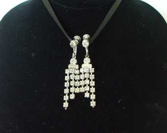 Rhinestones Dangling Screw Backs - Silver tone Settings - Vintage - Party  -  Gowns -   Bling Bling - Gifts