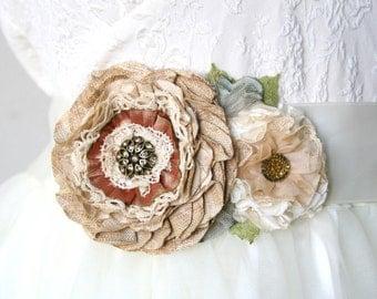 Rustic Wedding Sash, Country Wedding Bridal Sash with Fabric Flowers, Floral Wedding Belt, Flower Sash in Tan, Burlap Brown, Natural Colors