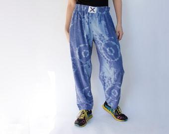 80's vintage lightweight casual beach pants, faux tie-dye, light purply blue - Men's small, women's medium