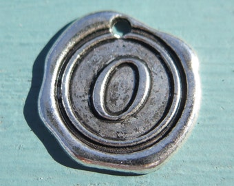 1PC - Antique Silver - Initial Charm - 20mm - Letter O