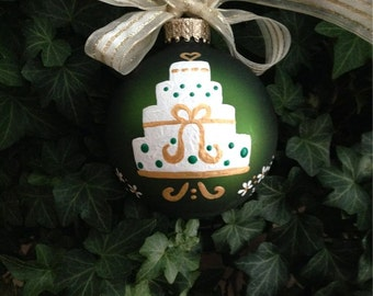 Just Married Ornament - Personalized Wedding - Wedding Cake - Hand Painted Glass Ornament, Christmas Wedding Bauble, Mr and Mrs