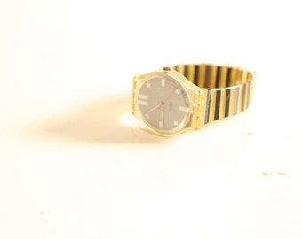 80s STRIPED yellow and black vintage SWATCH watch with working new battery